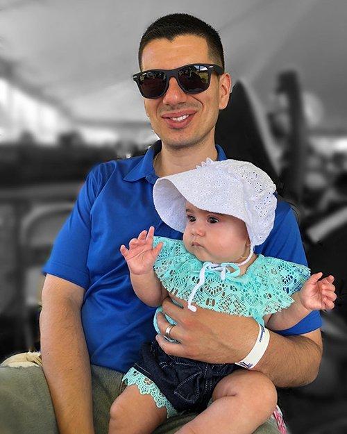 Gateway Financial Advisor, Jairo C. Lemos, and his daughter